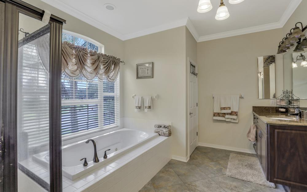 12091 Wedge Dr, Fort Myers - Home For Sale 1218698035