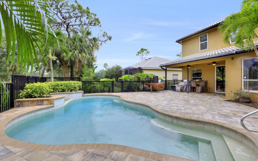 12091 Wedge Dr, Fort Myers - Home For Sale 437835147