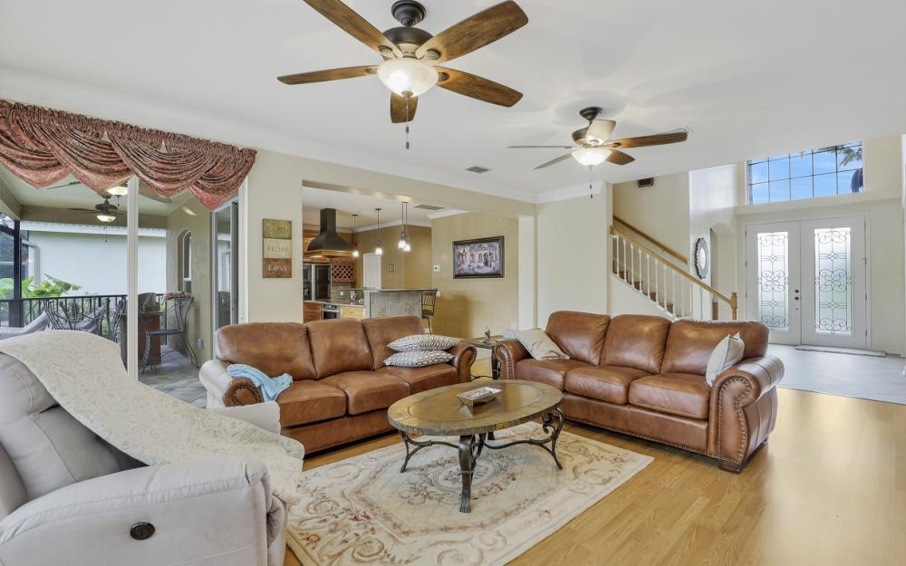 12091 Wedge Dr, Fort Myers - Home For Sale 2037612625