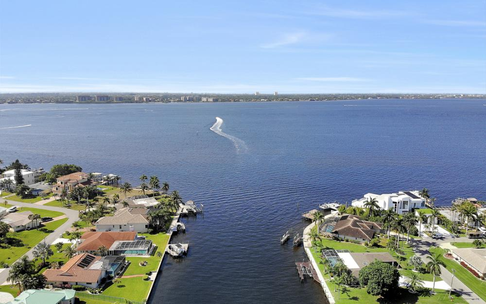 5622 Coronado Ct, Cape Coral - Home For Sale 2034879171