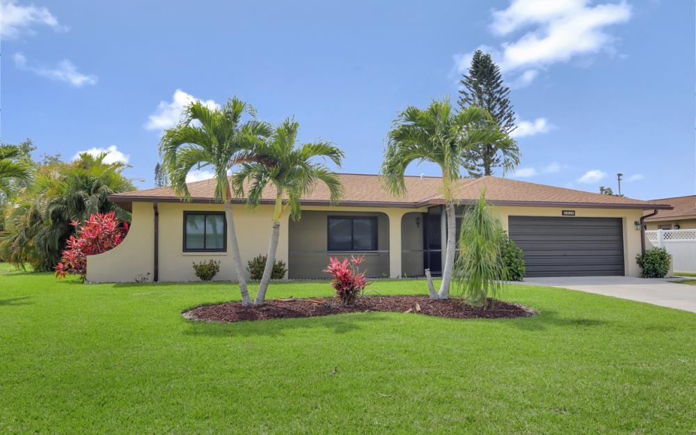 1020 SE 19th Ave Cape Coral - Home For Sale 675543313