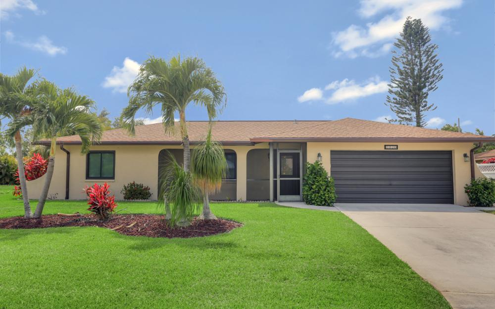 1020 SE 19th Ave Cape Coral - Home For Sale 1484628426