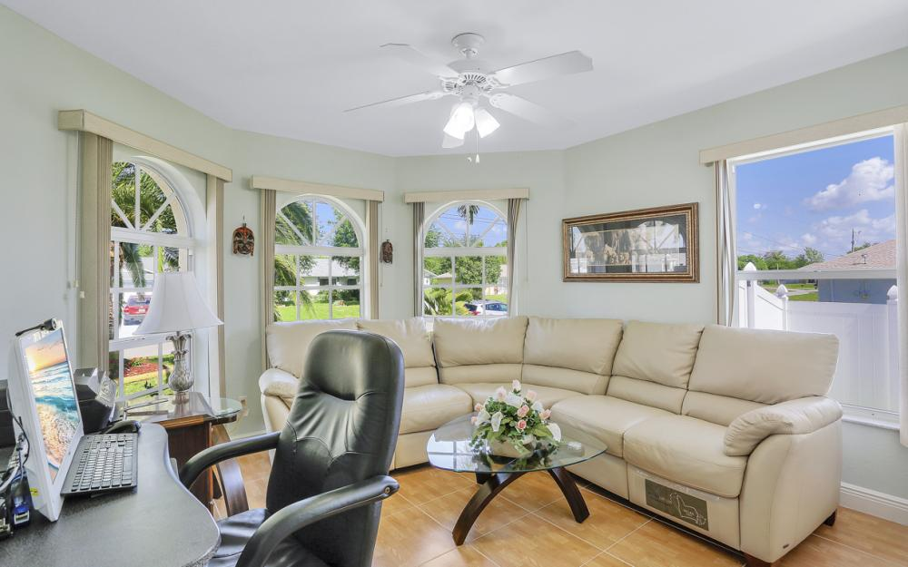 1405 SW 1st Ave Cape Coral - Home For Sale 1560723985