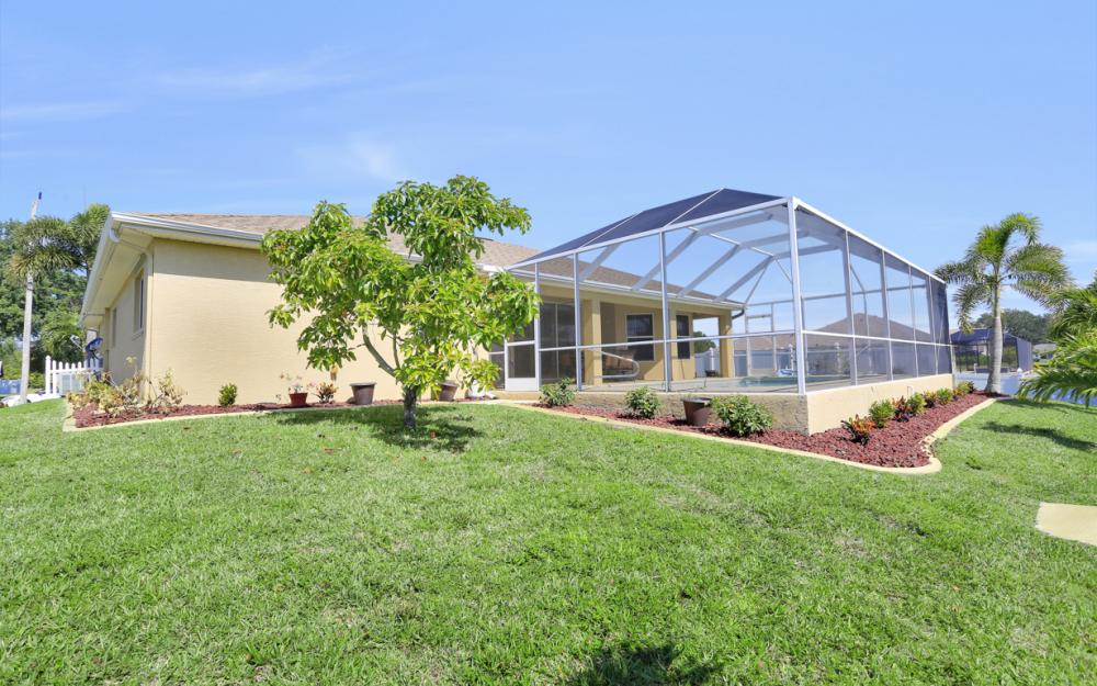 1405 SW 1st Ave Cape Coral - Home For Sale 1811916193