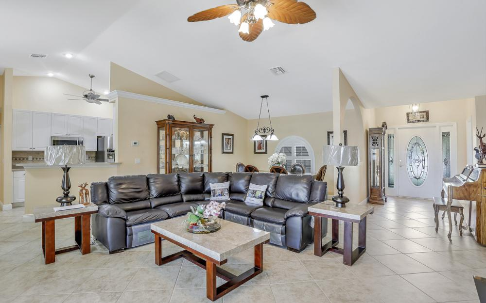 1405 SW 1st Ave Cape Coral - Home For Sale 1288539629