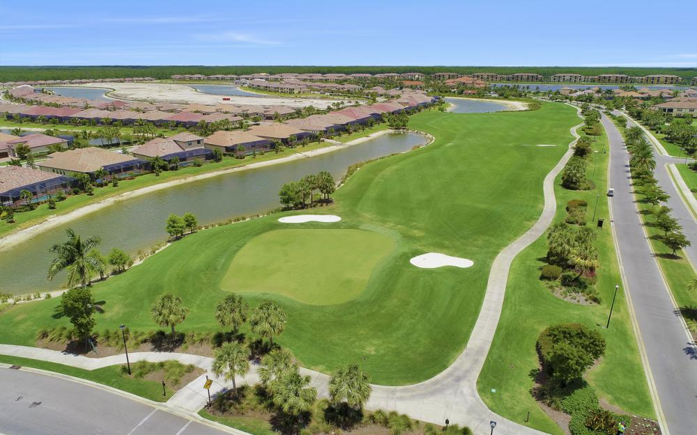 Bonita National Golf & Country Club Community 469401674