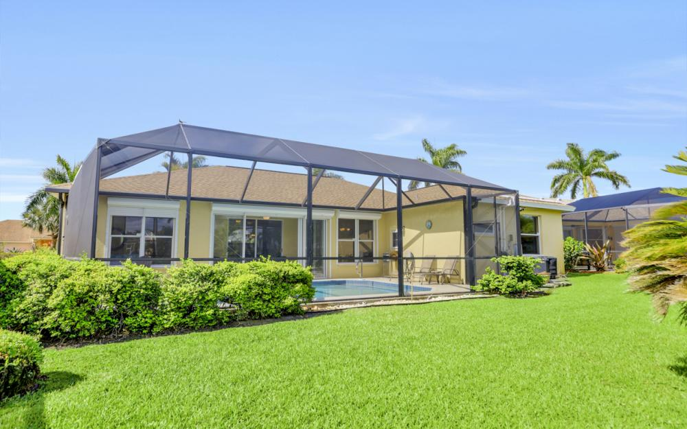 1586 Vintage Ln, Naples - Home For Sale 1723649735