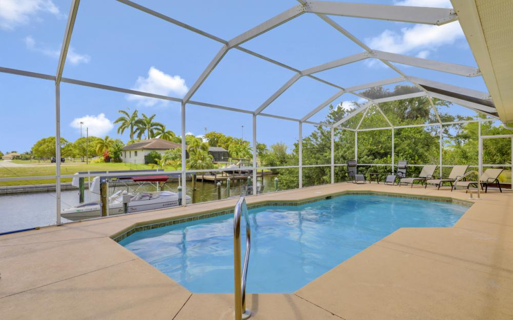 4212 SW 3rd Ave, Cape Coral - Home For Sale 383474426