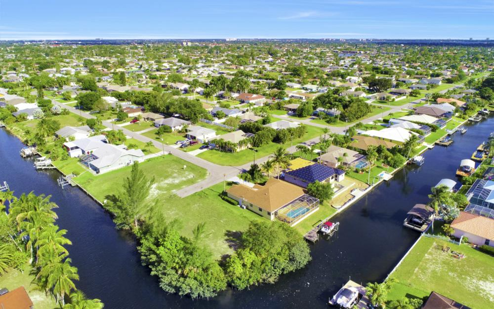 4212 SW 3rd Ave, Cape Coral - Home For Sale 1870797799