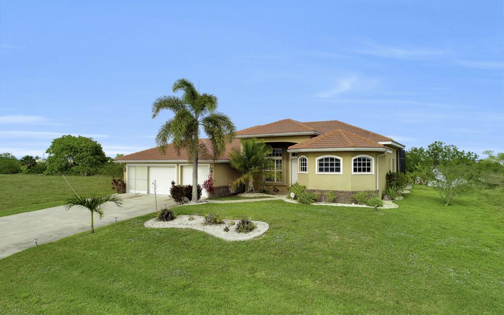 1309 NW 14th Ave Cape Coral - Home For Sale 1164921450