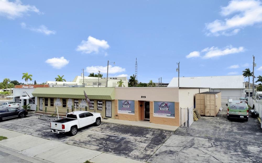 815 SE 47th St, Cape Coral - Commercial Bldg For Sale 1155329155