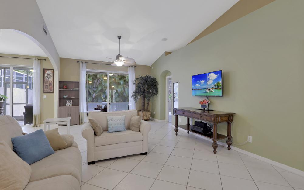 7432 Berkshire Pines Dr, Naples - Home For Sale 310387310