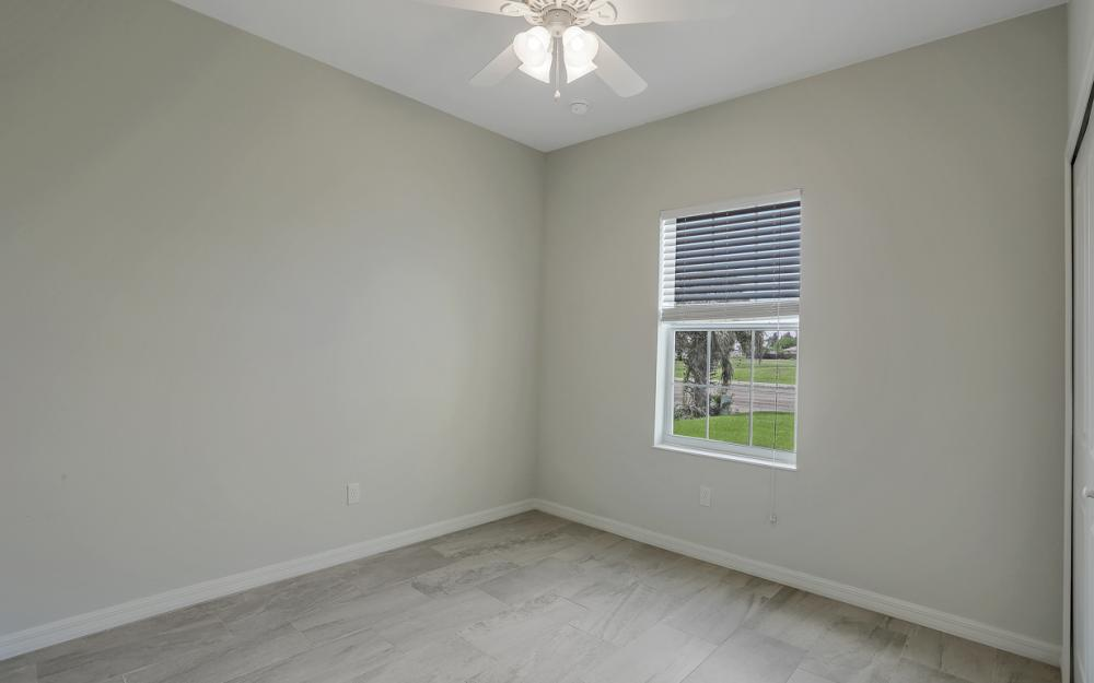 903 Embers Pkwy W, Cape Coral - Model Home 1915000659