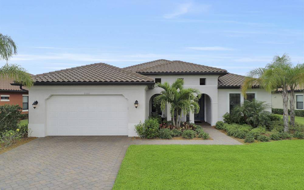10082 Avalon Lake Cir, Fort Myers - Home For Sale 1313855626
