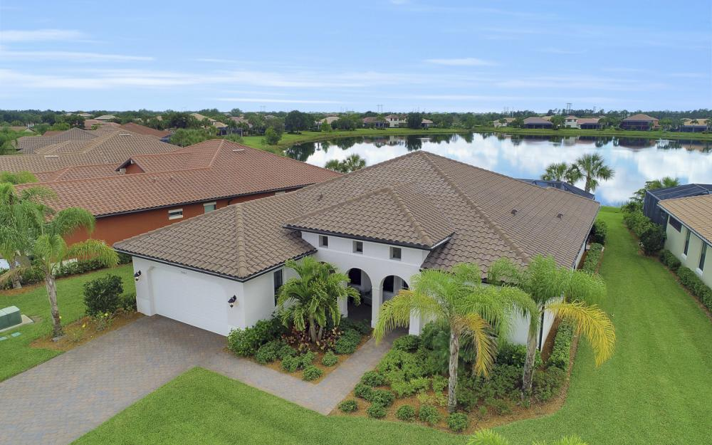10082 Avalon Lake Cir, Fort Myers - Home For Sale 898635344