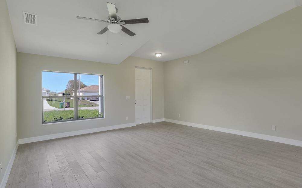 206 Nw 25th Ter, Cape Coral - Home For Sale 31719272
