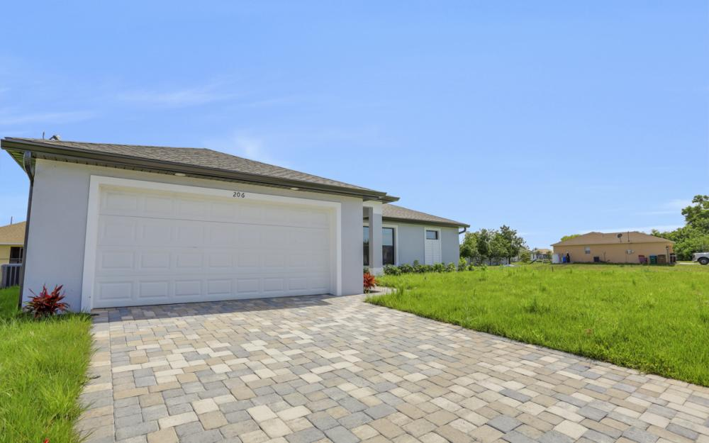 206 Nw 25th Ter, Cape Coral - Home For Sale 1145387766