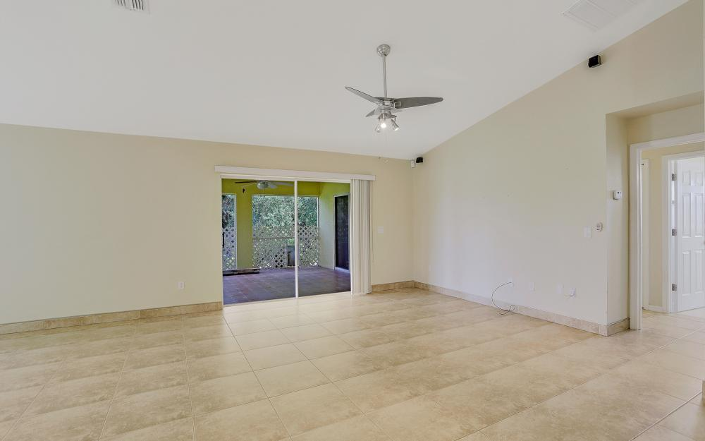 2011 NW 10th Ave, Cape Coral - Home For Sale 449319639
