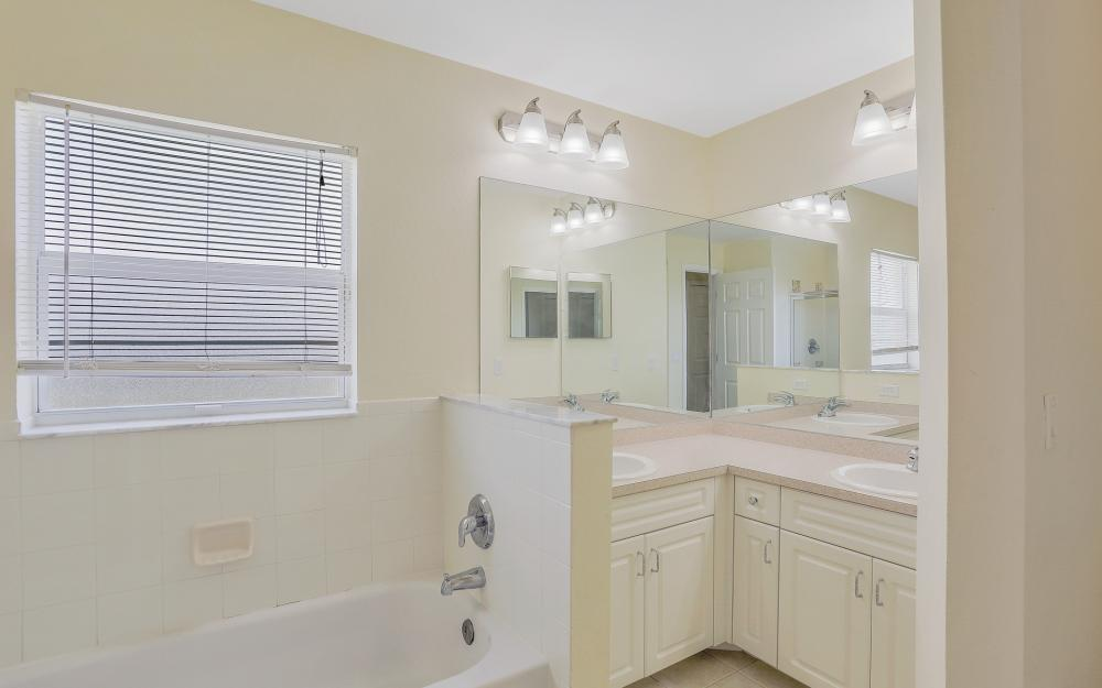 2011 NW 10th Ave, Cape Coral - Home For Sale 1282463270