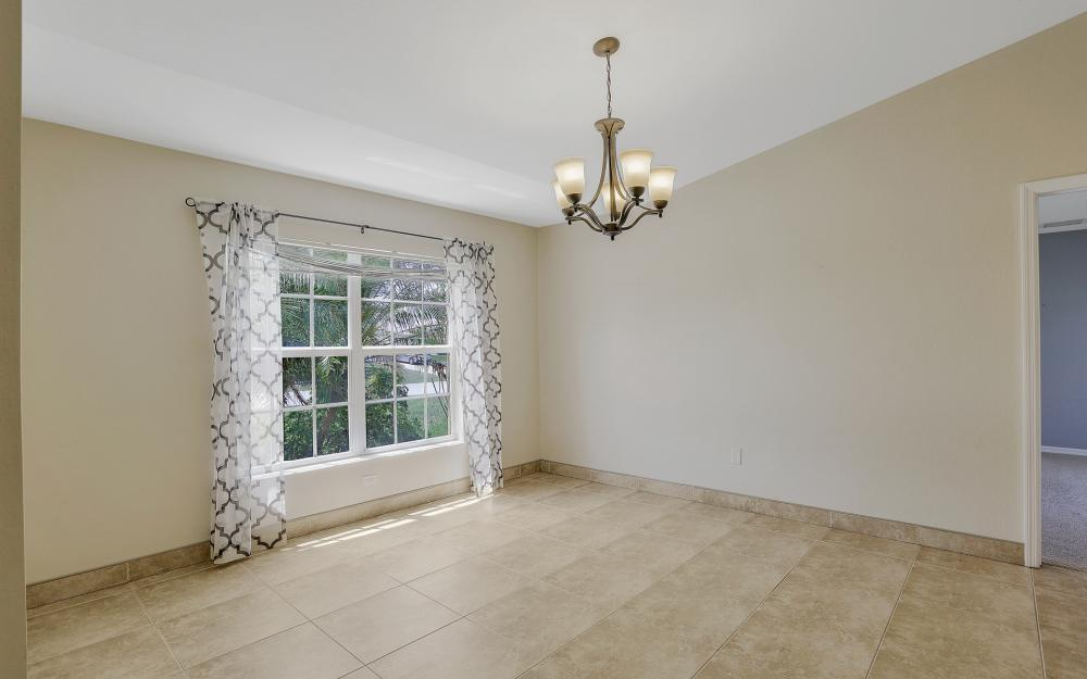 2011 NW 10th Ave, Cape Coral - Home For Sale 1600059499