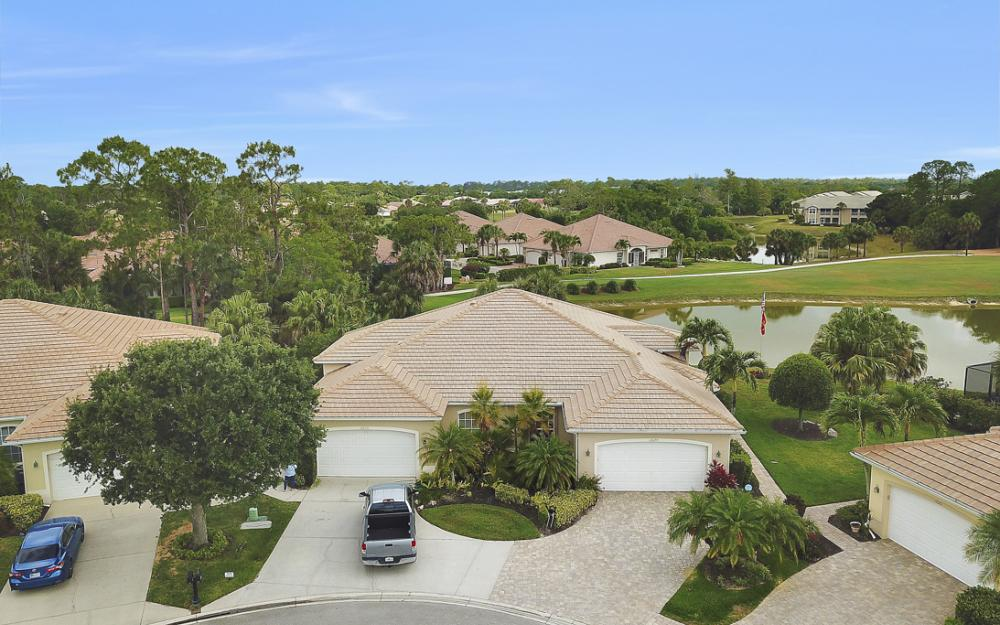 12679 Fox Ridge Dr, Bonita Springs - Home For Sale 850324478