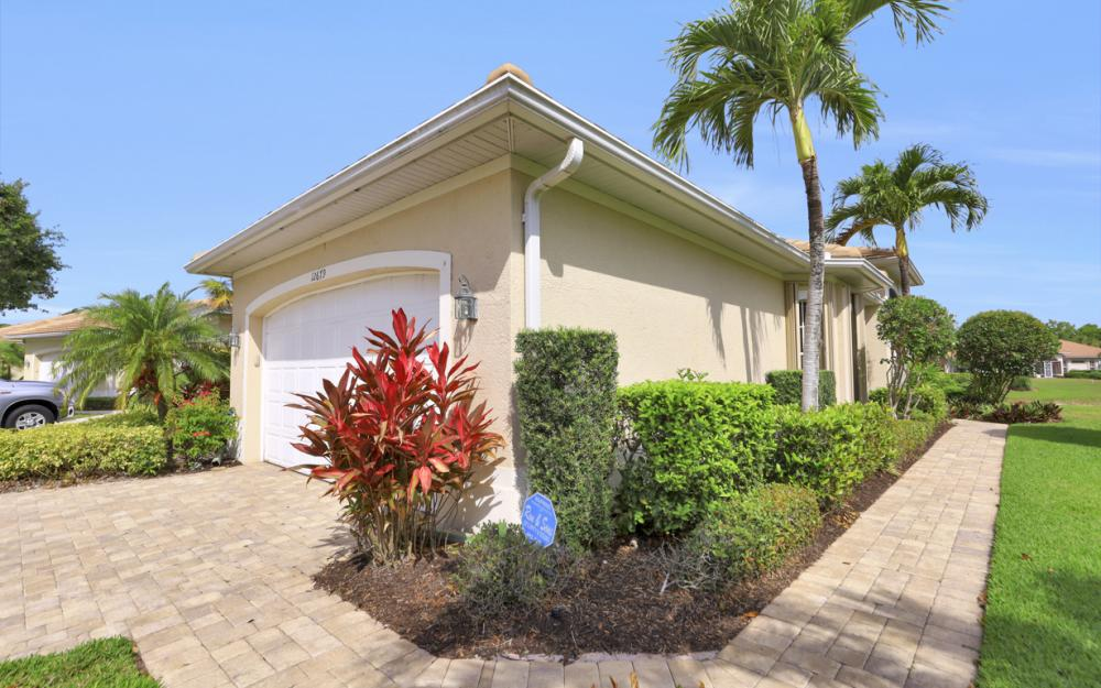 12679 Fox Ridge Dr, Bonita Springs - Home For Sale 420073758