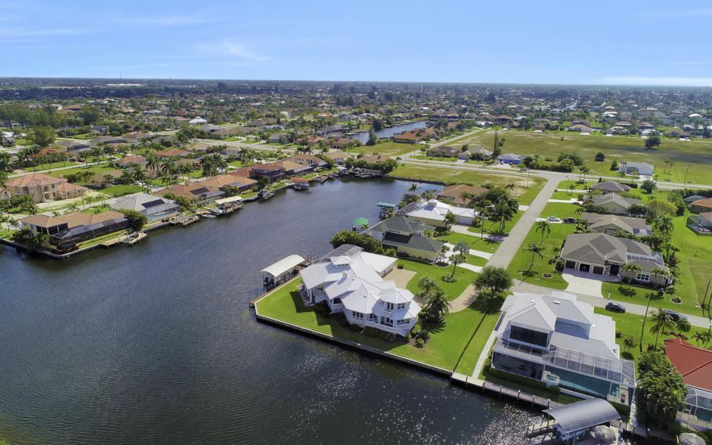 2829 SW 43rd Ln, Cape Coral - Home For Sale 2067688967