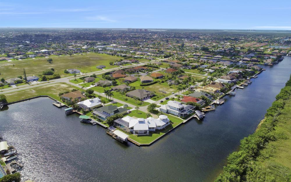 2829 SW 43rd Ln, Cape Coral - Home For Sale 1622618692