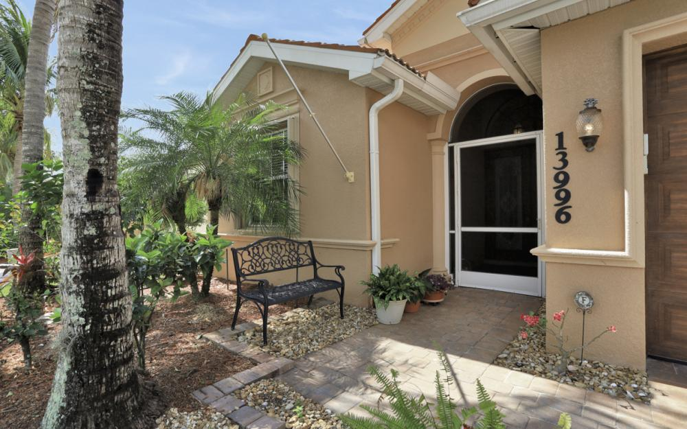 13996 Mirror Dr, Naples - Home For Sale 872916740