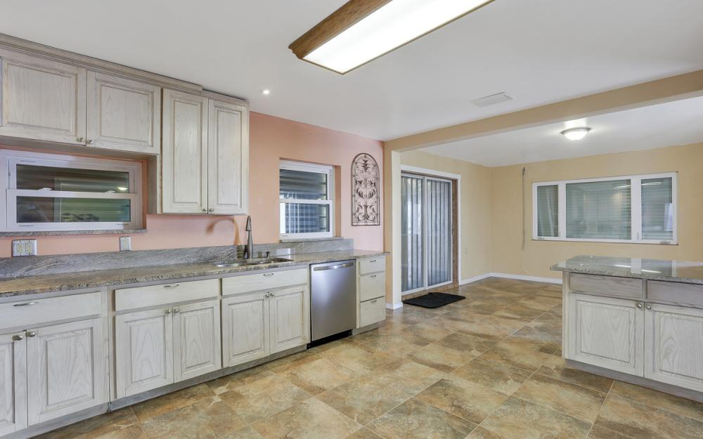 4363 Cypress Ln, Fort Myers - Home For Sale 135809523