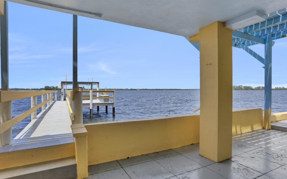 4363 Cypress Ln, Fort Myers - Home For Sale 2005699573