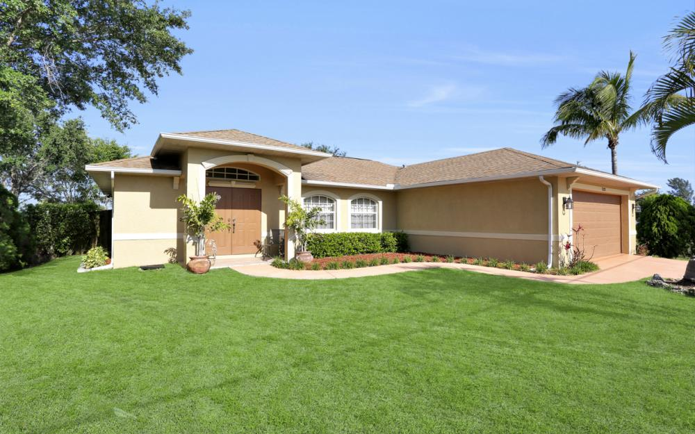 1322 SW 15th Pl Cape Coral - Home For Sale 1563112679