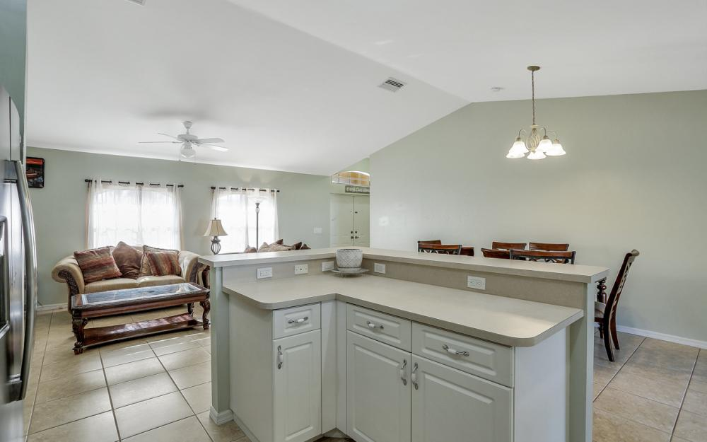 1322 SW 15th Pl Cape Coral - Home For Sale 1045385025