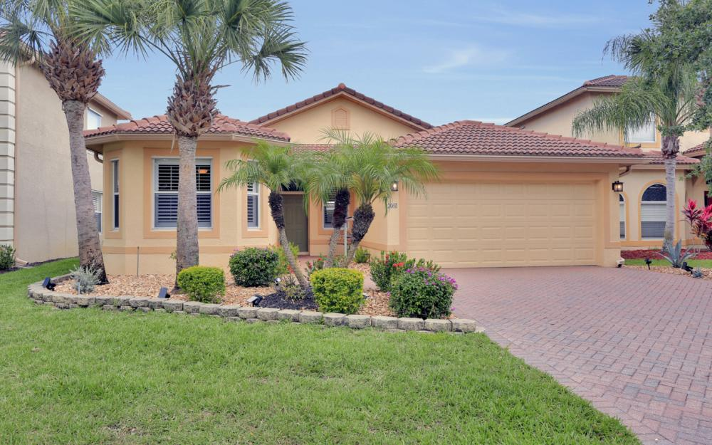 20611 Ardore Ln Estero - Home For Sale 922945483