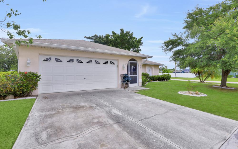 1824 SE 5th Ct, Cape Coral - Home For Sale 193035490