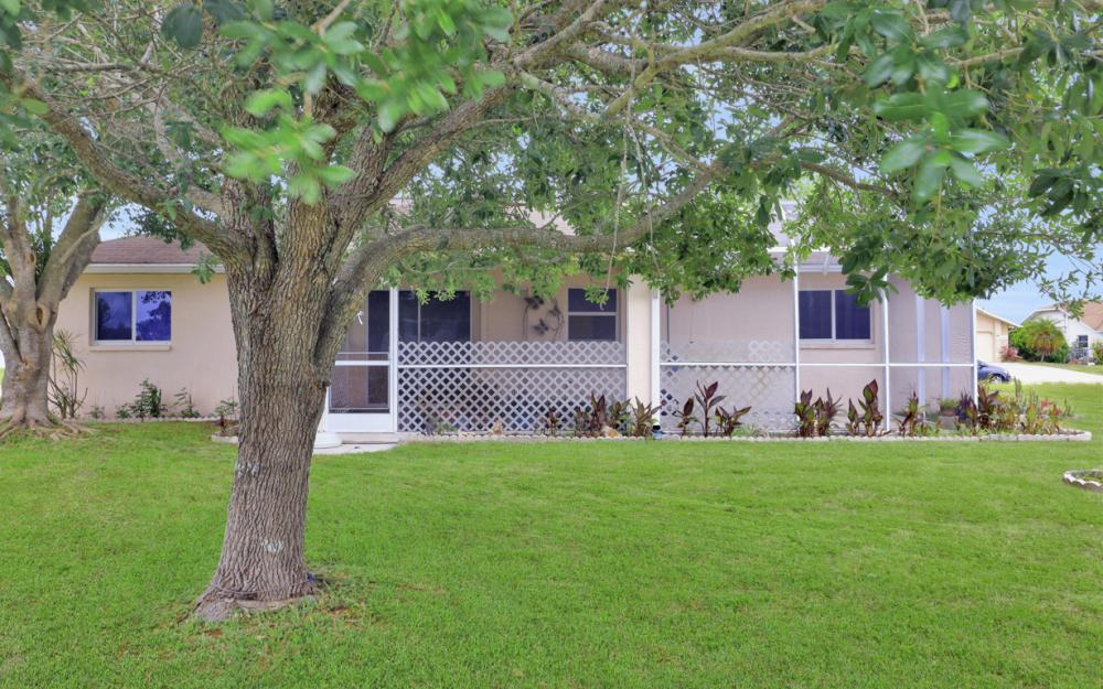 1824 SE 5th Ct, Cape Coral - Home For Sale 671303205