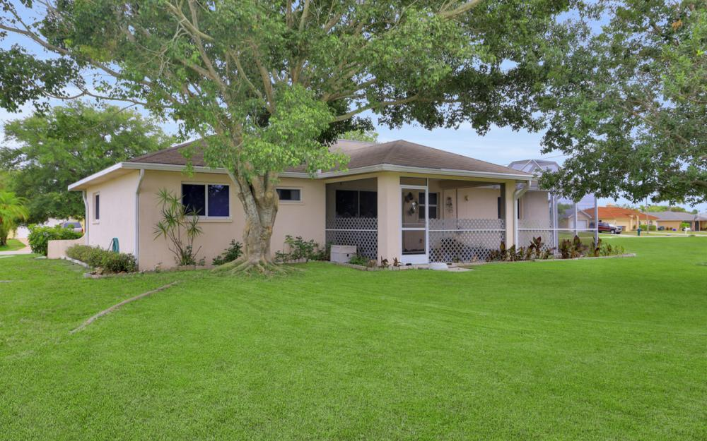 1824 SE 5th Ct, Cape Coral - Home For Sale 983604981