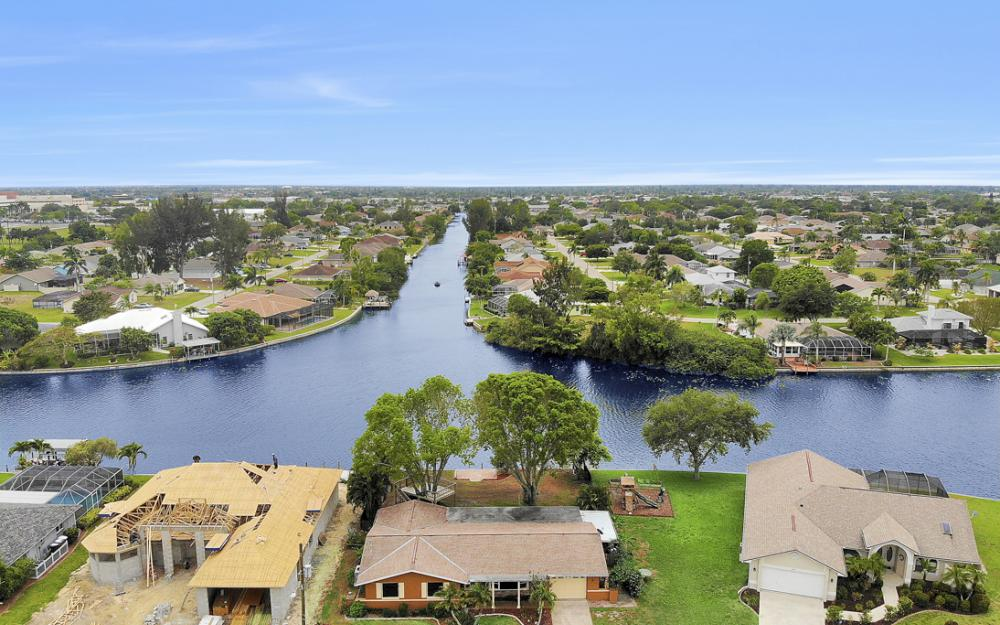 1308 SE 3rd St, Cape Coral - Home For Sale 1735451955