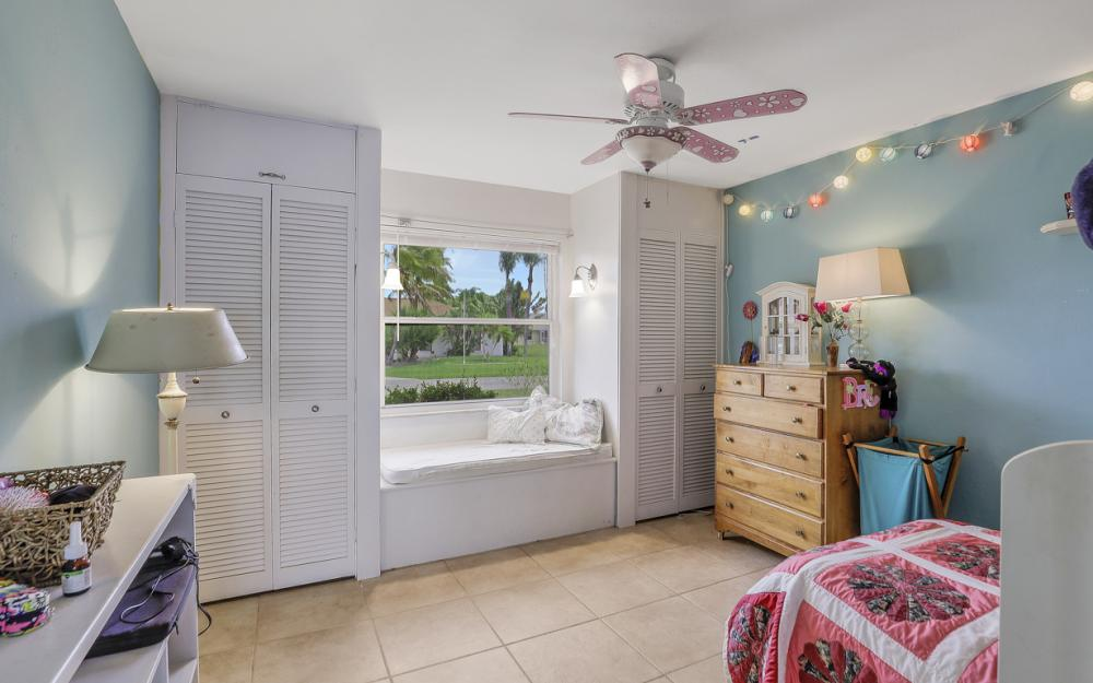 1308 SE 3rd St, Cape Coral - Home For Sale 514073158