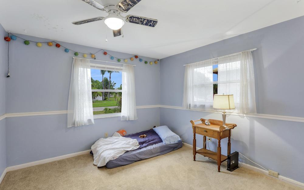 1308 SE 3rd St, Cape Coral - Home For Sale 2136810189