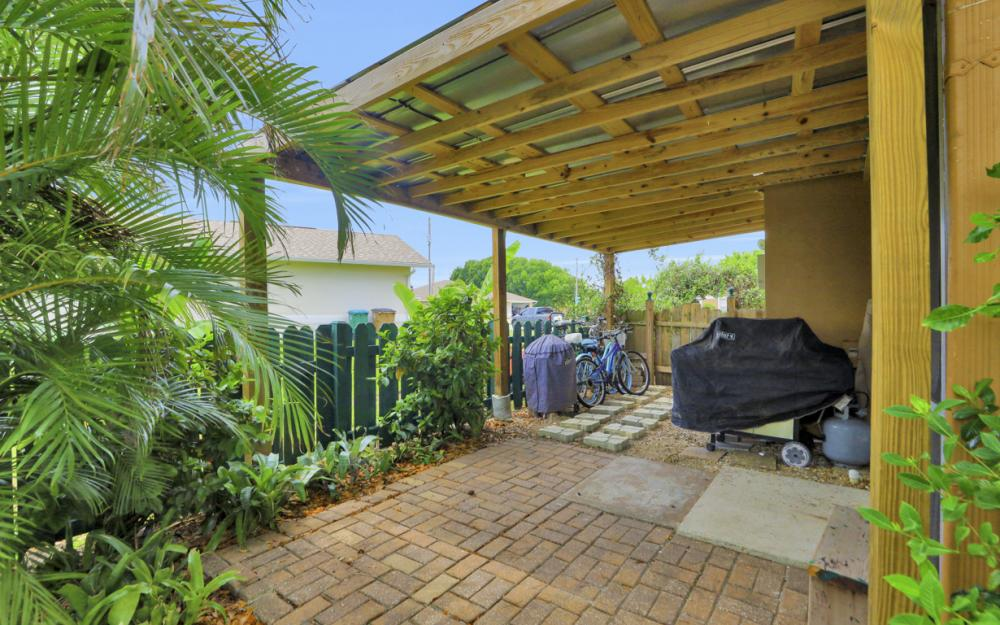 1308 SE 3rd St, Cape Coral - Home For Sale 1676314415