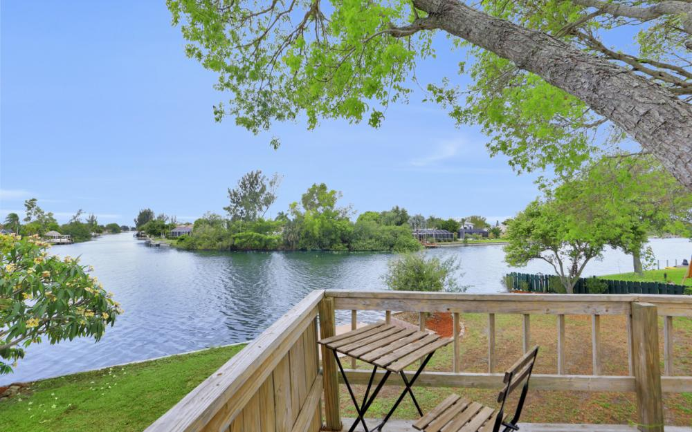1308 SE 3rd St, Cape Coral - Home For Sale 1725790199