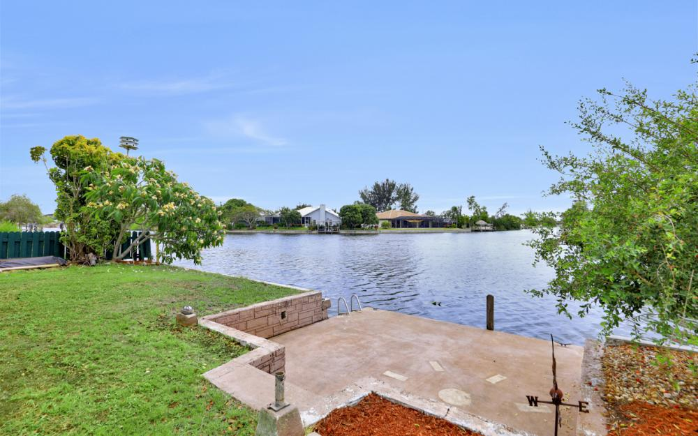 1308 SE 3rd St, Cape Coral - Home For Sale 358719601