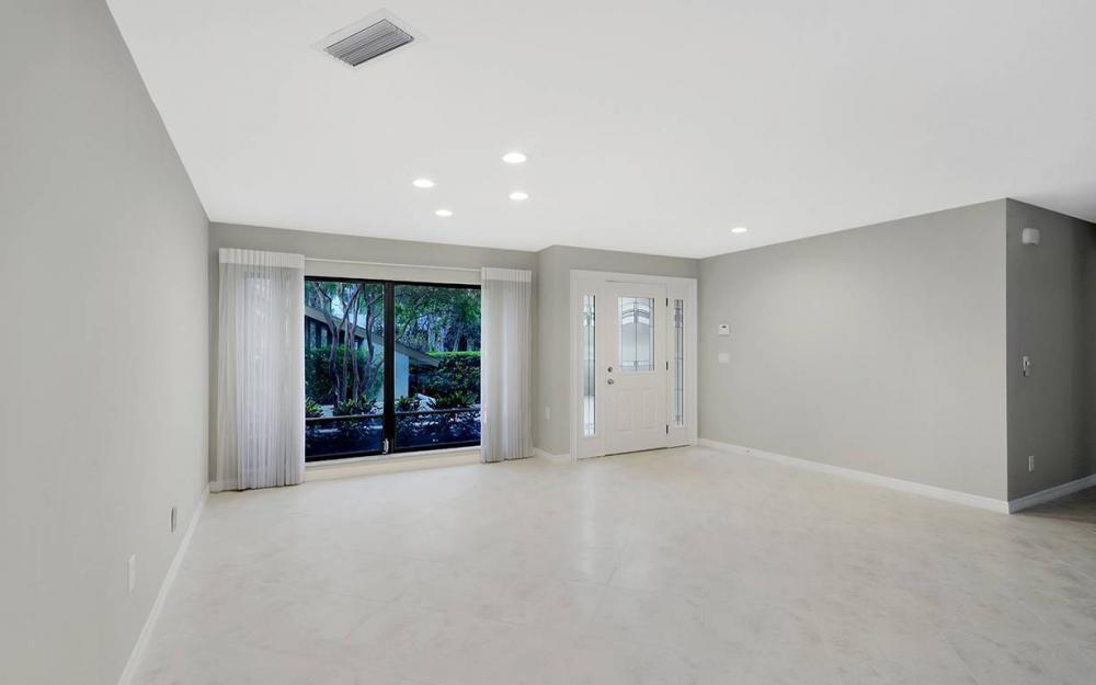 8471 Yorkshire Ln, Fort Myers - House For Sale 1657384940
