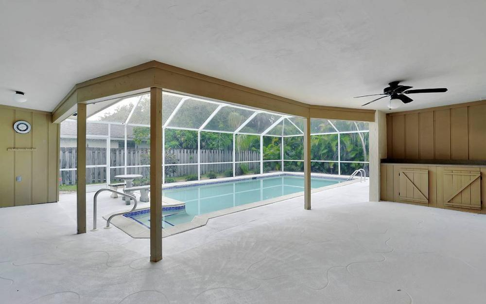 8471 Yorkshire Ln, Fort Myers - House For Sale 988494667