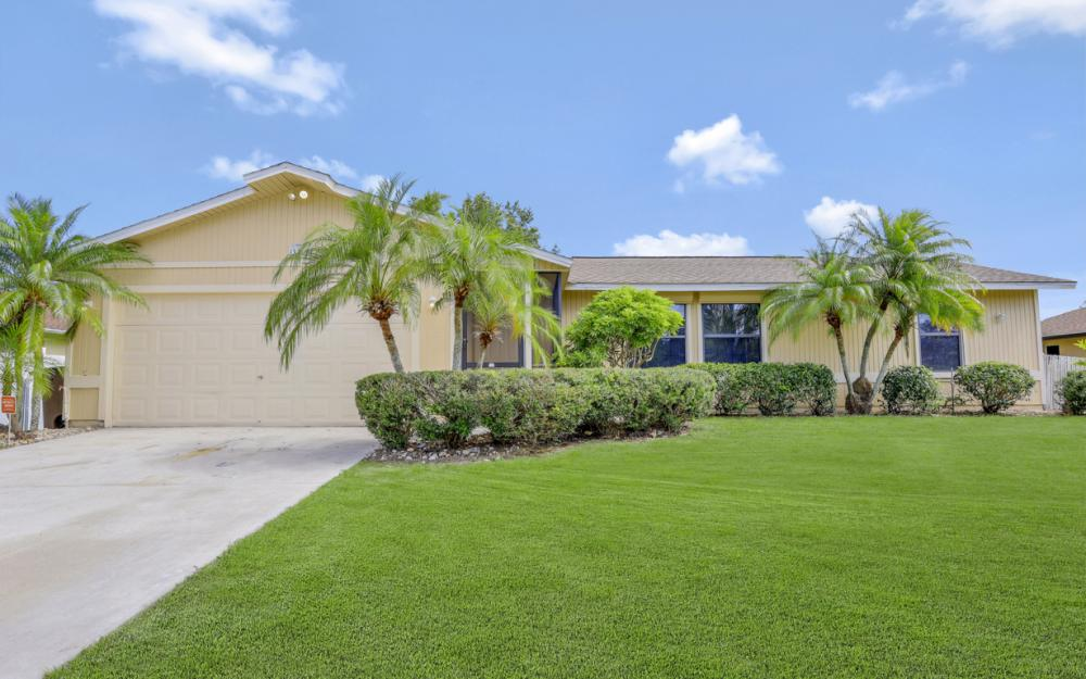 3318 15th St W, Lehigh Acres - Home For Sale 631153060