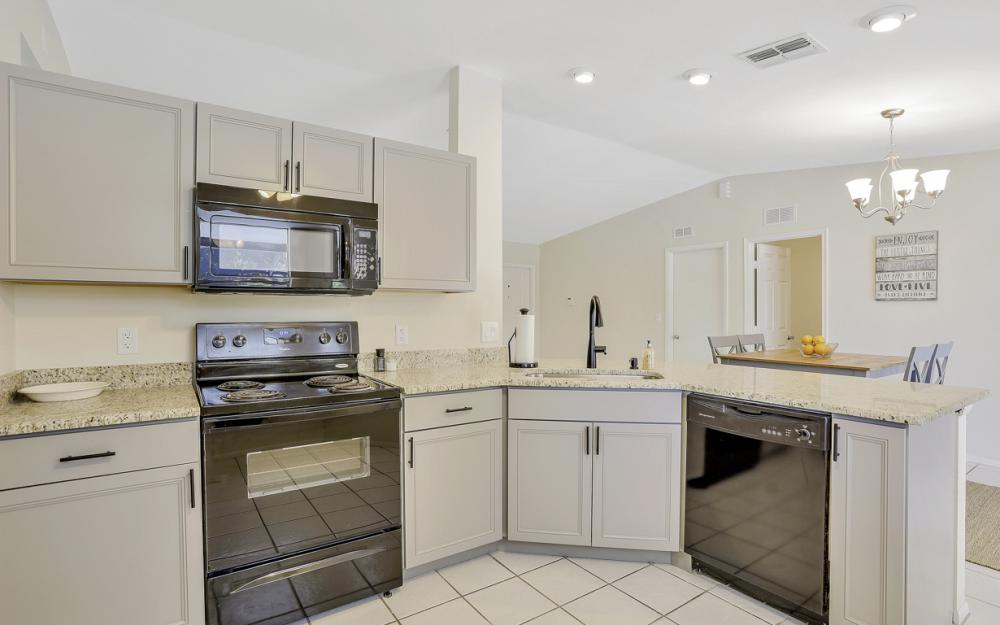 3318 15th St W, Lehigh Acres - Home For Sale 1589413379
