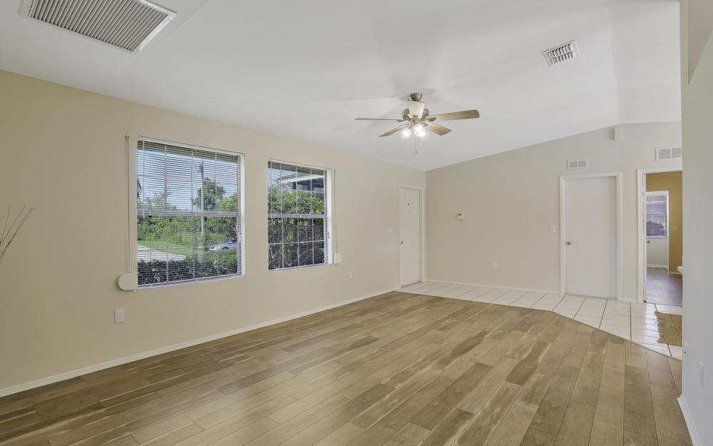 3318 15th St W, Lehigh Acres - Home For Sale 1073521626