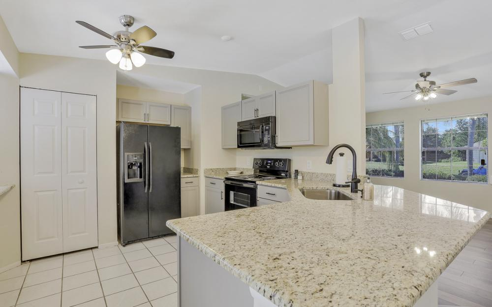 3318 15th St W, Lehigh Acres - Home For Sale 1272674848