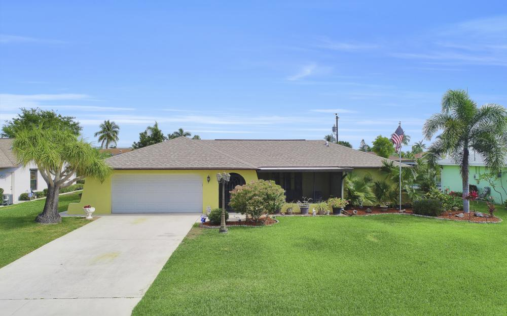 1423 SE 33rd St, Cape Coral - Home For Sale 1589004540